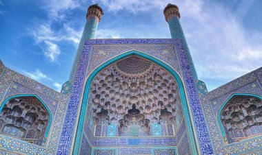 7 Historical Monuments In The World | Best Cities For Architectural Lovers