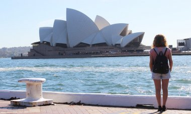 Top 10 Tourist Attractions In Australia | Best Things To Do In Australia
