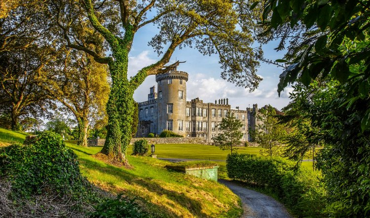 Ireland Tourist Attractions | Top 9 Beautiful Places to visit in Ireland